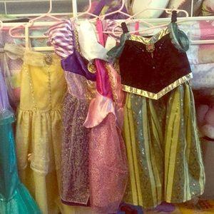 4 princesses dresses.